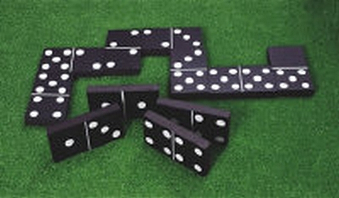 Giant outdoor Dominoes game hire